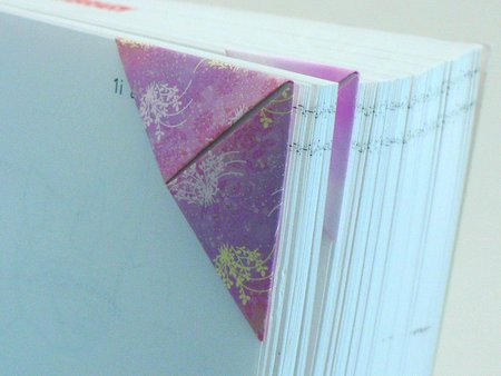 origami triangular bookmark tutorial by planetjune