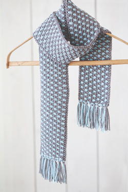 Idiot's Guides: Crochet by June Gilbank - Flecked Scarf pattern