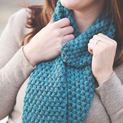 Idiot's Guides: Crochet by June Gilbank - Practice Project 6: Puff Stitch Scarf