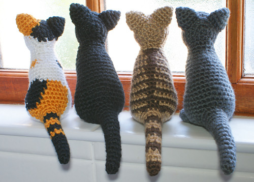 AmiCats amigurumi cat crochet patterns by PlanetJune