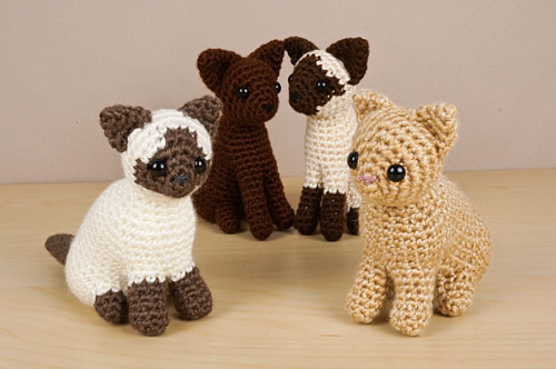 AmiCats Collection 2 crochet patterns by PlanetJune: Himalayan, Burmese, Siamese and Persian amigurumi cats