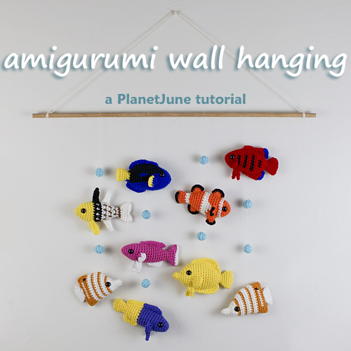 amigurumi wall hanging tutorial by PlanetJune