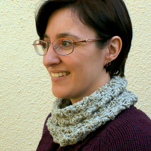Cozy Cowl by June Gilbank in Bernat Bamboo yarn