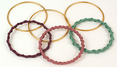 PlanetJune Accessories Twisted Chain Bangle crochet pattern