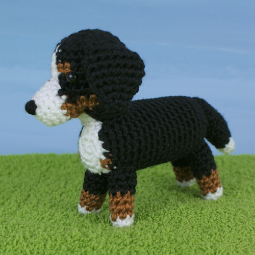 AmiDogs Bernese Mountain Dog crochet pattern by PlanetJune