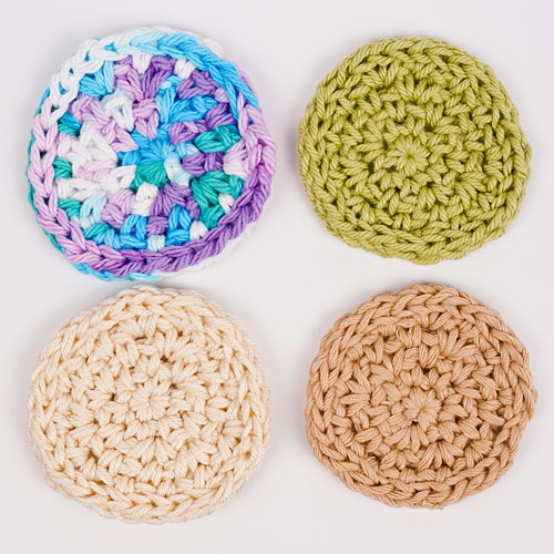 comparing cotton yarns for crocheted cosmetic rounds
