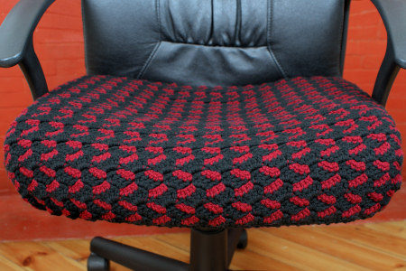 crocheted seat cover by planetjune