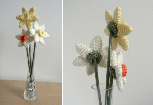 crocheted daffodils