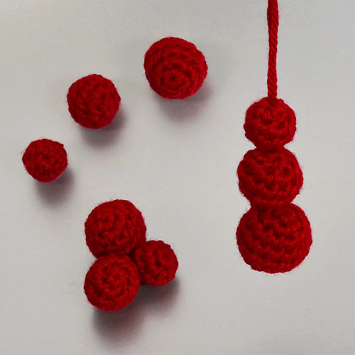 Christmas Decor Set 1 crochet pattern by June Gilbank: Mini Baubles