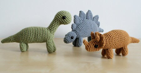 crocheted dinosaurs by planetjune