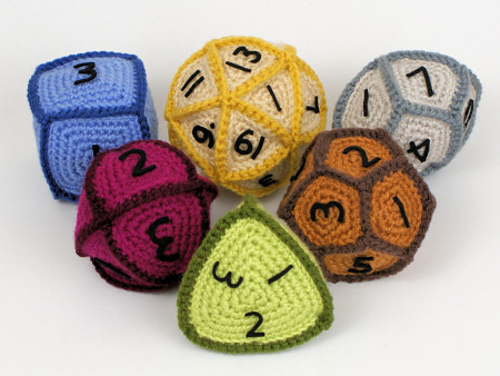 crocheted d20 system gaming dice by planetjune
