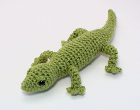 crocheted gecko pattern by planetjune
