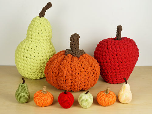 giant and regular Amigurumi Apple, Pumpkin and Pear (crochet patterns by PlanetJune)