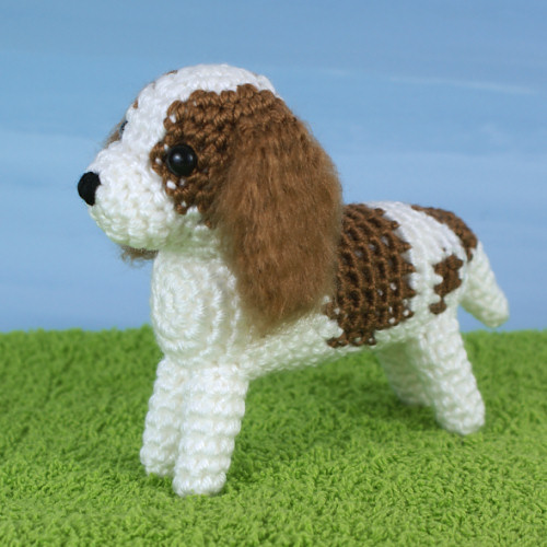 AmiDogs King Charles Spaniel crochet pattern by PlanetJune