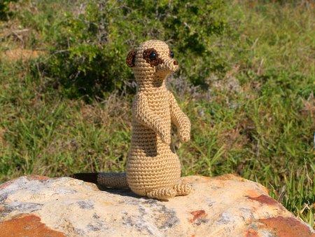 meerkat amigurumi crochet pattern by planetjune