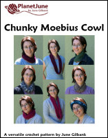 chunky moebius cowl crochet pattern by planetjune