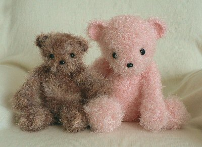 fuzzy crocheted bears by planetjune
