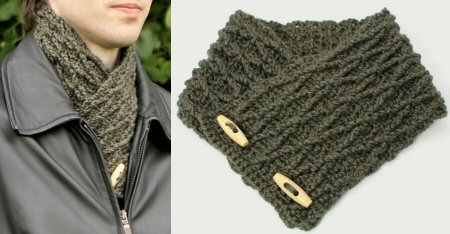 PlanetJune Accessories Diamond Lattice Neckwarmer crochet pattern