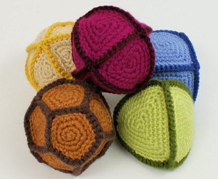 Polyhedral Balls crochet pattern by PlanetJune