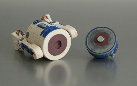 polymer clay R2-D2 by planetjune - head rotation mechanism