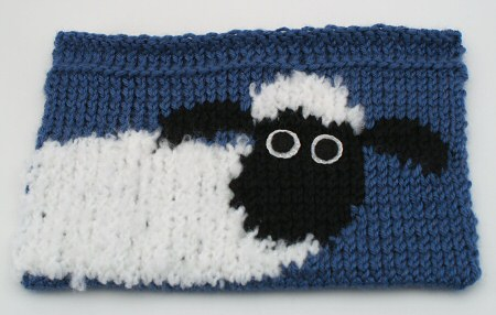 knooked shaun the sheep bag, front