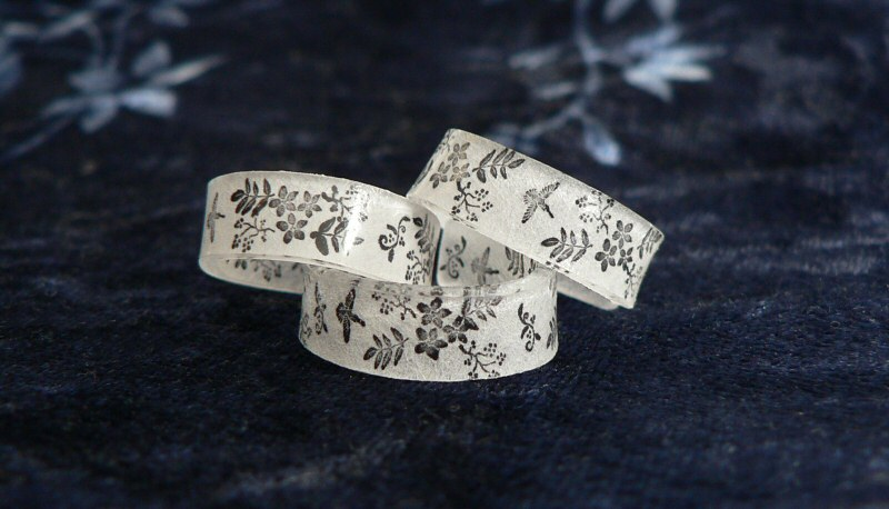 Blog planetjune by june gilbank shrink plastic ring for Large plastic rings for crafts