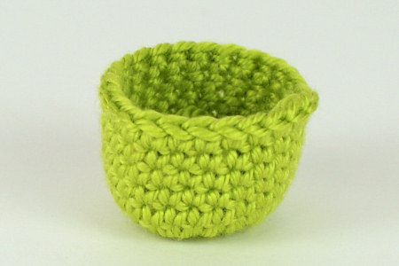 cup-shaped amigurumi sample