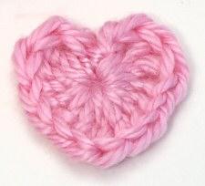 Amigurumi heart free pattern | DIY Valentines gift | lilleliis | 204x225