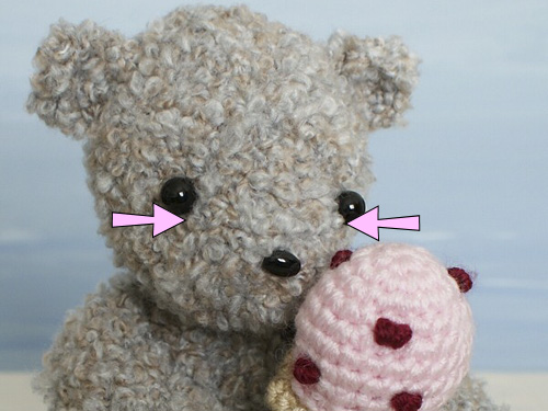 How To Add Faces To Your Amigurumi Part 4: Crochet Eyes And ... | 375x500