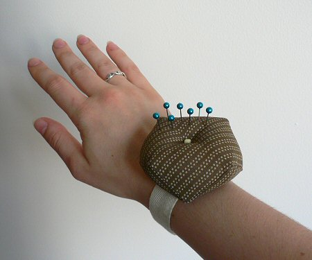 finished wrist pincushion