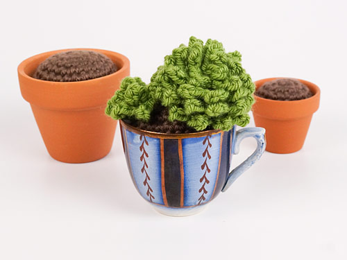 how to crochet a Soil Ball for 'planting' Crocheted Plants - a PlanetJune tutorial