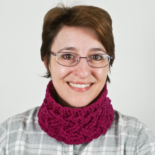 Cozy Cables Earwarmer headband crochet pattern - Click Image to Close