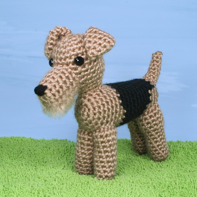 Amigurumi Face Ideas : AmiDogs Airedale Terrier amigurumi crochet pattern ...