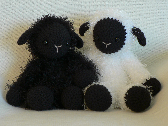 Amigurumi Crochet Pattern : Fuzzy lamb amigurumi crochet pattern : planetjune shop cute and