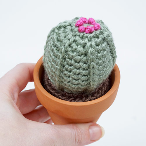 Soil Ball for 'planting' Crocheted Plants DONATIONWARE tutorial - Click Image to Close