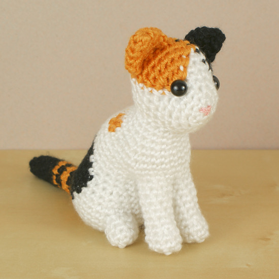 Crochet Patterns Of Cats : AmiCats Calico Cat amigurumi crochet pattern : PlanetJune Shop, cute ...