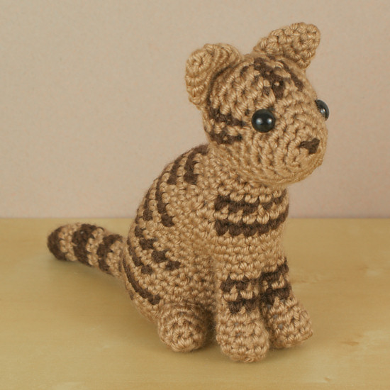 AmiCats Tabby Cat amigurumi crochet pattern : PlanetJune Shop, cute ...