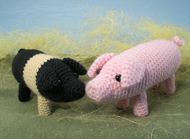 Farmyard Pigs amigurumi crochet pattern : PlanetJune Shop, cute and ...