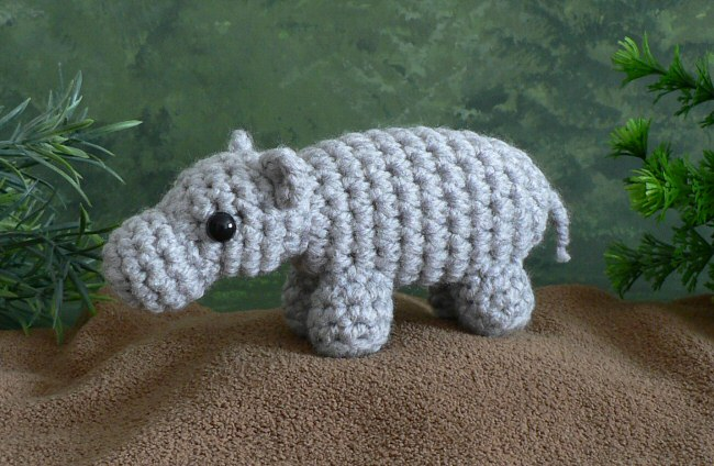 Amigurumi Pattern: The hippopotamus Melman and his friend Pi ... | 424x650