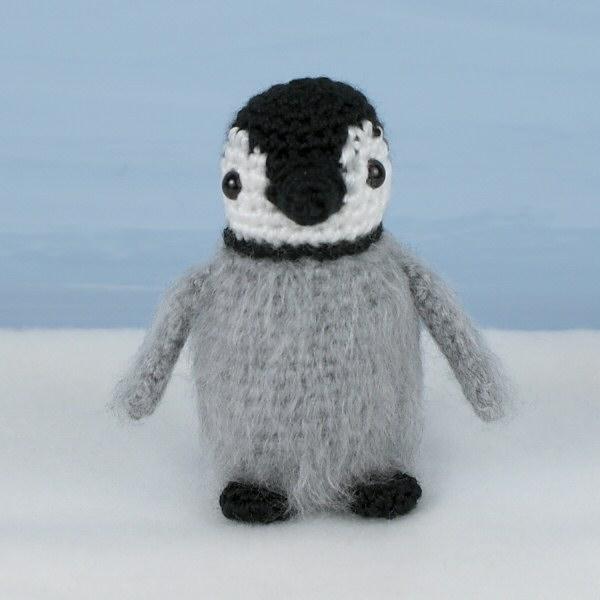 Crochet Penguin Free Amigurumi Pattern - YouTube   600x600