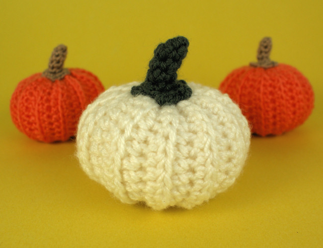 Pumpkin DONATIONWARE crochet pattern - Click Image to Close
