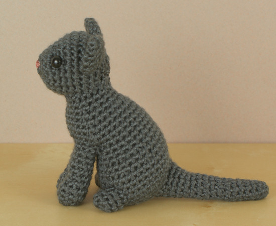 AmiCats Single-Coloured Cat amigurumi crochet pattern - Click Image to Close