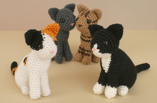 AmiCats Collection - FOUR amigurumi crochet patterns - Click Image to Close
