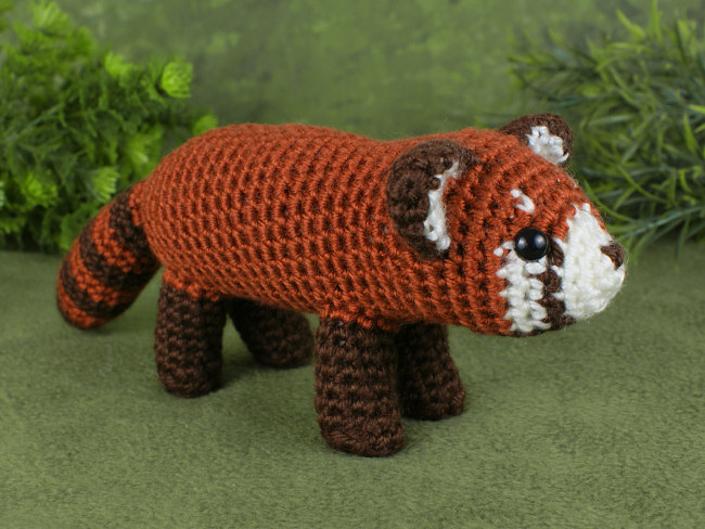 Red Panda amigurumi crochet pattern - Click Image to Close