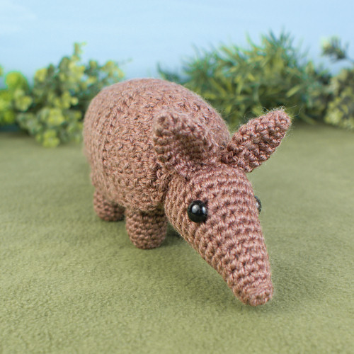 Armadillo amigurumi crochet pattern - Click Image to Close