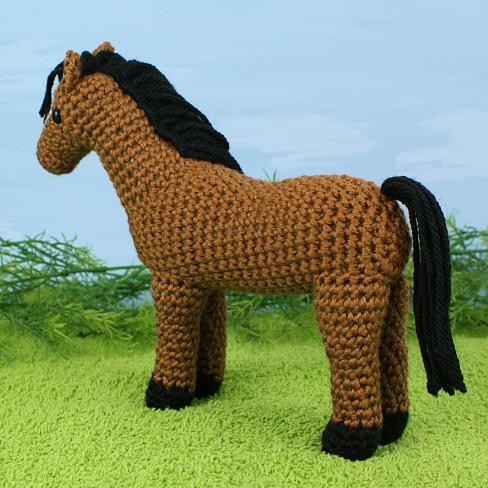 Realistic crochet horse amigurumi pattern | Etsy | 488x488