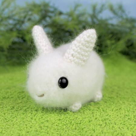 Ravelry: One-Piece Amigurumi Baby Bunny pattern by Karla Fitch | 450x450