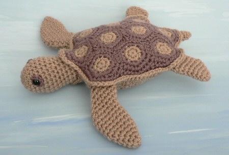 Aquaami Simple Shell Sea Turtles 2 Amigurumi Crochet Patterns