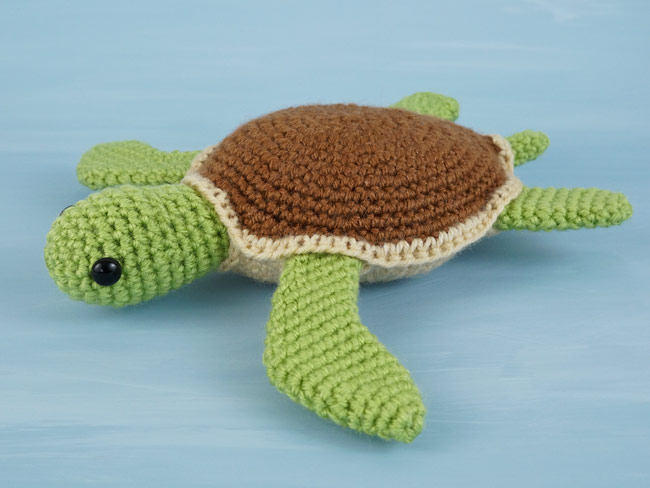 Crochet Bobble Stitch Turtle Amigurumi Free Patterns - DIY Magazine | 488x650